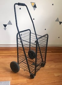 Small shopping/laundry cart New York, 10018