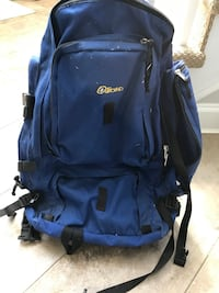 Huge hiking or camping pack Barrie