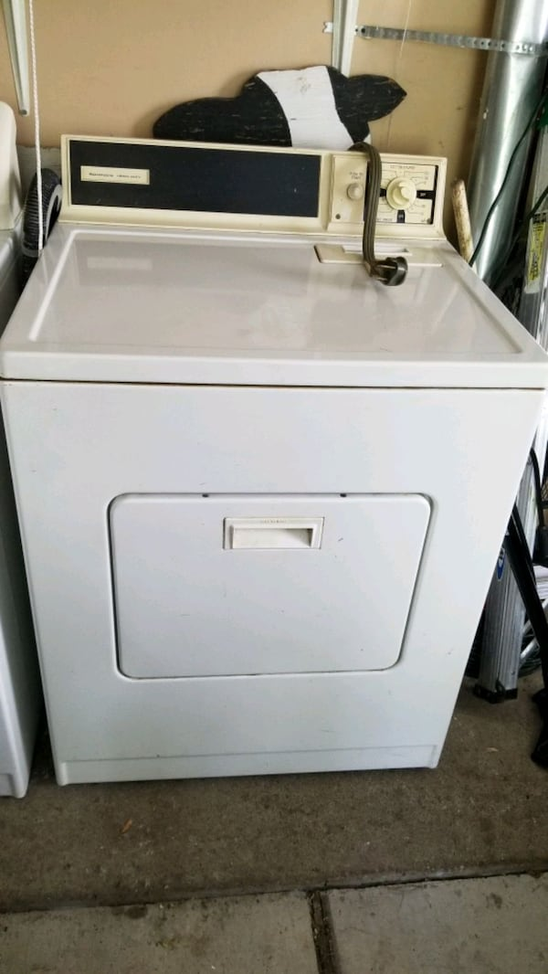 Washer and dryer - make an offer! 4112e724-0201-4c41-bcf5-0797bced0258