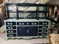 Absolutely beautiful buffet freshly painted  West Palm Beach, 33405