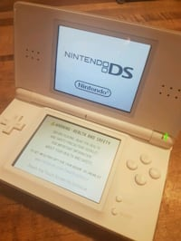 Nintendo DS  and 2 games London, N6H 4P3