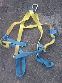 yellow and blue safety harness Vernon, V1T 2N3
