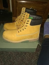 pair of wheat Timberland  Sumter, 29150