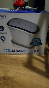 white and gray Homedics foot spa box