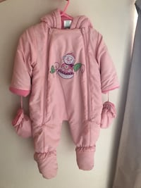 Baby Pink snowsuit in great condition size 6-9 months Denver, 80247