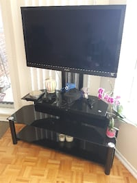 40'' Sony TV and TV Stand Package/Excellent Condition