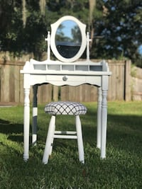 white and brown wooden rocking chair Auburndale