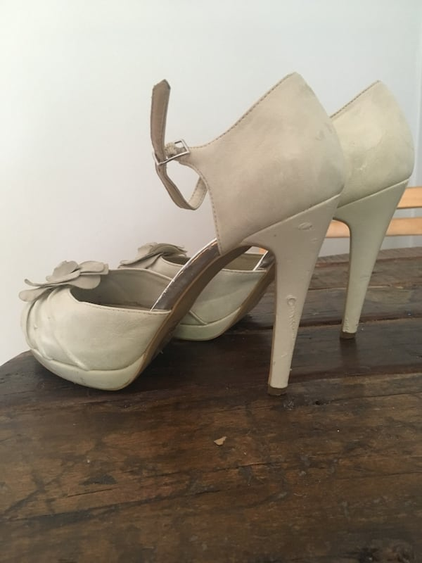 Call It Spring Size 9 Heels 3