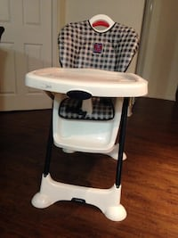High Chair Brampton, L6P 2N6