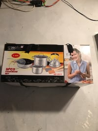 Zepter 9 piece cookware set  King, L7B 1L1
