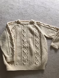 Knitted sweater Burlington, L7P 4S9