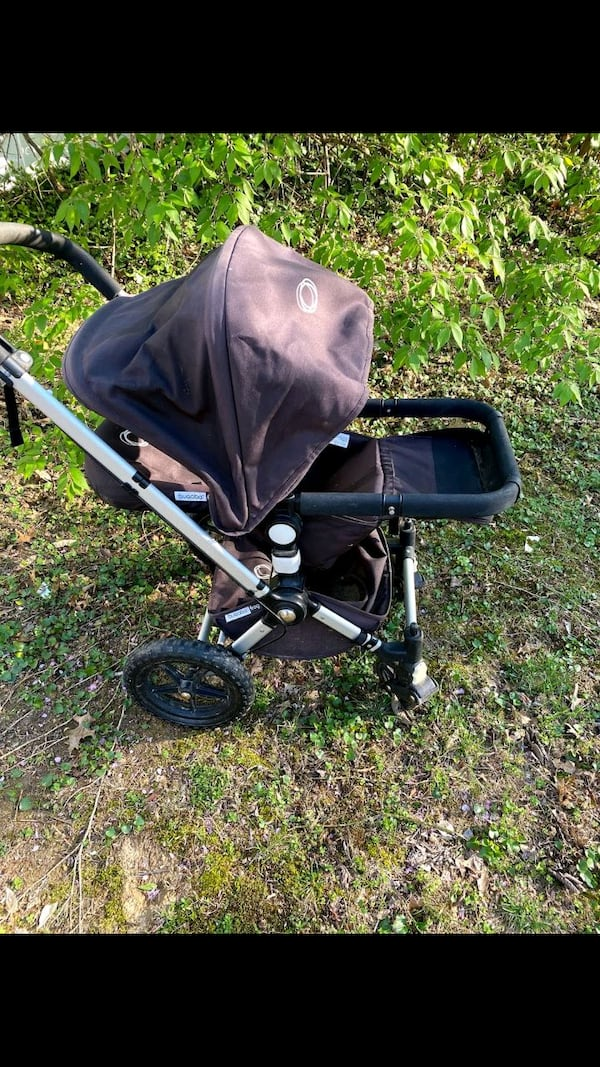 excellent condition Bugaboo Frog jogging and pushing stroller $150 62a0ba70-8645-407a-94b6-1fe1ecb521ef