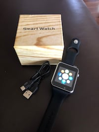 Smart watch. Free delivery London, N5Y 4A6