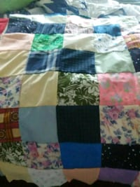 Beautiful ALL hand sewn QUILT Inwood, 25428