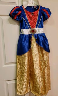 Child Snow white Costume, size Medium Ashburn, 20148