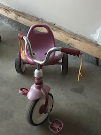 toddler's pink and black trike Edmonton, T6V 0H9