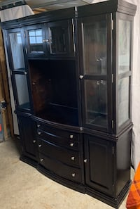 Two Piece Large Curio Entertainment Unit w/ Glass Doors & Lights Innisfil, L9S 1T4