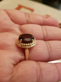14kt gold Garnet ring( not plated real gold) Laytonsville, 20882