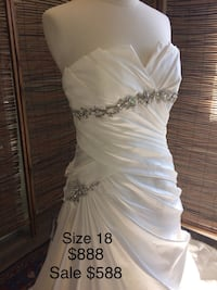 New Wedding Dress sz 18