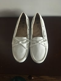 Brand new white womens loafer sz 7 Toronto, M8Y 0A1