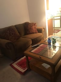 Couch for sale (negotiable price) Culpeper, 22701