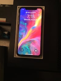 iPhone X *9.5/10 Condition. Will trade for iPhone 11 + add cash* Mississauga, L5B 0C8