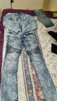 Like new True Religion Jean jacket and jeans Edmonton, T5K 1P3
