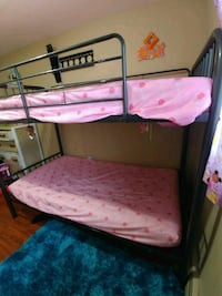 Bunk beds $400 obo Eastern Passage, B3G 0E3