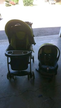 baby's black travel system Cambridge, N1T 1A1