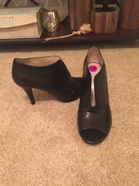 Ankle boots. Size 8.5