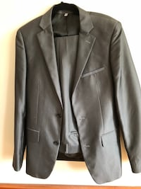 Grey Men's Suit perfect condition Burnaby, V5E 3G7