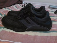 Black womens size 8 newer shoes worn twice