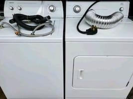 "4yr  ""25"" inch Whirlpool, super capacity washer, electric dryer"