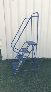 4 step moving steel ladder Acampo, 95220