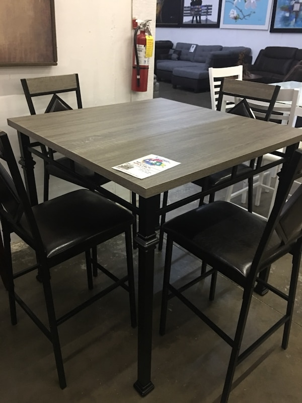 Used Pub Table With 4 Chairs Brand New For In Farmers Branch Letgo