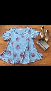 Gray and red floral dress or long shirt  Sacramento, 95820