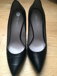 Nine West Black pumps Toronto, M1C 3B4
