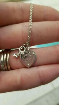 Heart & key Tiffany's necklace (love collection) Mississauga, L5N 6Y6