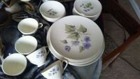 white and purple floral ceramic dinnerware set Bunker Hill, 25413