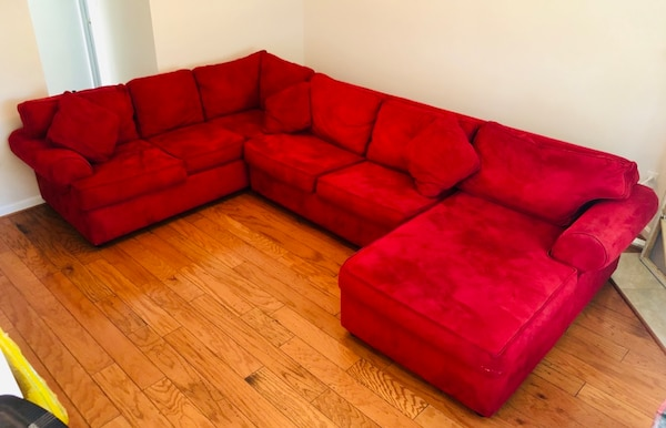 Red Right Chaise 3 Piece Sectional w/ Sleeper 99a81faa-d1ff-4120-98b8-dd28f4d9817a