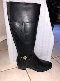 Liz Claiborne Boots size 9.5 NEW Falls Church, 22042