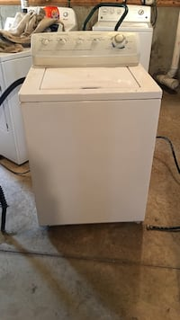 White top load washer 453 mi