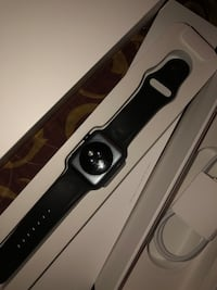 Brand new 42mm Apple watch series 3 with Laurel, 20708