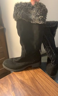 Women's boots Baltimore, 21207
