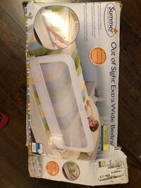 white and yellow Medela electric breast pump 561 km