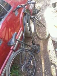 red and black hardtail bike Fresno, 93705