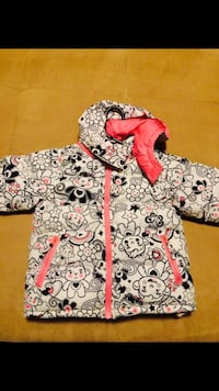 Girls winter jacket  Fort Saskatchewan, T8L 4R8