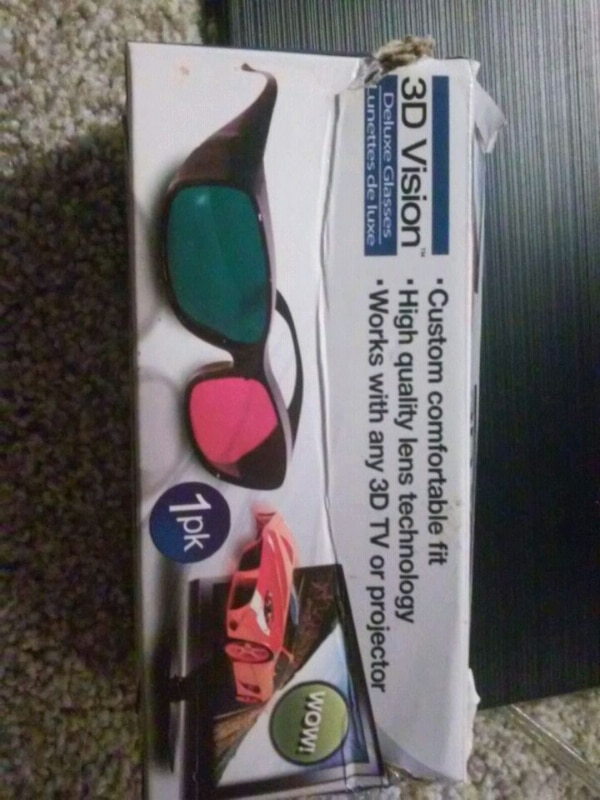 1pair of Deluxe 3D viewing glasses