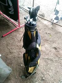 Full set of Wilson golf clubs with bag Deatsville, 36022