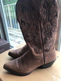 Cowboy boots for Women Houston, 77002